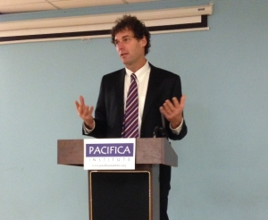 Pacifica Institute hosted Rob Eshman, editor-in-chief for the Jewish Journal